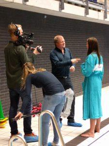 Licensed NLP Master Trainer Joost van der Leij helpt Maan, winnares van The Voice, haar hoogtevrees te overwinnen
